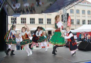 Drittes Interkulturelles Fest auf den Hauptmarkt