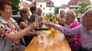 """Seniorenwohnanlage """"Auerbachs Blick"""" feiert Sommerfest"""