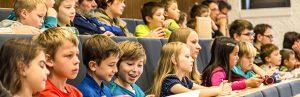 Lego-Weltrekordhalter eröffnet Kinderuni der WHZ